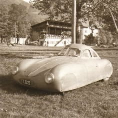 Very early Porsche (first one?) Not sure what it is either but I like the body shape