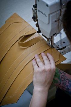 #Küsse #Atelier #leather #handmade #slowfashion #bags #leatherbags #heartmade