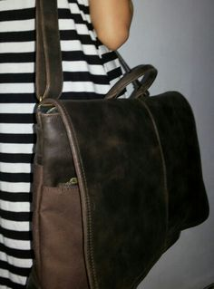 Bagera canvas and leather postman bag