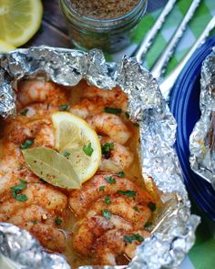 Spicy Creole Shrimp Foil Packets - a southern discourse Baked Shrimp Scampi, Spicy Shrimp, Foil Packet Meals, Foil Packets, Shrimp Creole, Scampi Recipe, Creole Recipes, Shrimp Recipes, Shrimp Dishes