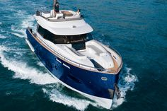 The Azimut Magellano 50