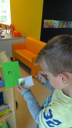 Meervoudige intelligentie. Beweegknap-taalknap. Letterspeurtocht door de school.