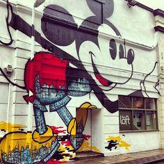 Mickey Mouse Street Art / followthecolours-instagrafite-09