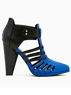 6abb36b25b20 All You Shoe Fanatics  You ll Be Spending A LOT More Time On Nasty