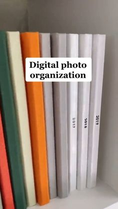 Simple Life Hacks, Useful Life Hacks, Photo Projects, Diy Projects, Foto Fun, Photo Books, Home Organization Hacks, Idee Diy, Photo Storage