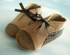 Baby Shoes Sewing Pattern with Appliques and by preciouspatterns, $3.99