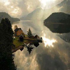 Sembra un paesaggio de  Il Signore degli Anelli, ma in realtà siamo a Telemark, in Norvegia.
