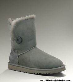 Bailey Button in Grey Nike Soccer Shoes, Classic Ugg Boots, Ugg Classic, Ugg Boots Sale, Ugg Bailey Button, Bow Boots, Boots Online, Ugg Shoes, Fashion Shoes
