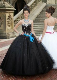 Atractivos y sencillos vestidos de 15 años | Moda 2014