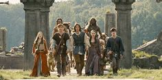 Peter Pevensie, Edmund Pevensie, Narnia Prince Caspian, Narnia Cast, Vampire Academy, Cute Lion, Ben Barnes, Chronicles Of Narnia, Film Books
