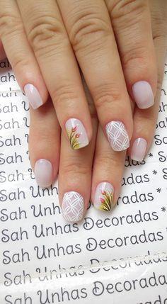 Para quem usa unhas curtas, vejam 28 modelos lindos de unhas decoradas!! 89 Fotos de Unhas Curtas Decoradas ACESSE AGORA AO MELHOR CURSO DE MANICURE, PREÇO ESPECIAL SOMENTE HOJE ((CLIQUE AQUI)) Great Nails, Love Nails, My Nails, Colorful Nail Designs, Nail Art Designs, Country Nails, Jamberry Nails, Gorgeous Nails, White Nails