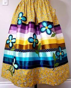 South American Art, Beadwork, Beading, Applique Skirt, Mens Beaded Necklaces, Ribbon Skirts, Native Design, Sundresses, Tape