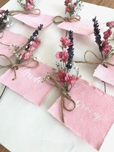 Dried Flower Place Cards, Wedding Place Cards, Calligraphy Name Cards, dried flower wedding, rustic Wedding Table Name Cards, Wedding Place Names, Wedding Place Settings, Wedding Table Flowers, Wedding Places, Wedding Table Numbers, Table Wedding, Flower Shop Names, Flower Table Decorations
