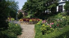 Discover eight secret gardens in Madison