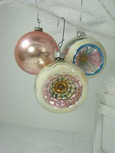 Vintage MERCURY GLASS ORNAMENTS Pale Pink w/ Indents Set/3