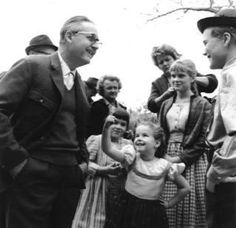 1965 The Sound of Music- Robert Wise and Children