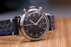 Undone Custom Retro Watch -  Undone have spent the past 10 years servicing and supplying watch parts to Michael Young, the biggest watch makers in the world, so it's safe to say they know their stuff. The Undone Urban Chronograph represents their mission to provide a quality vintage inspired wristwatch that is fully c... Chill Things