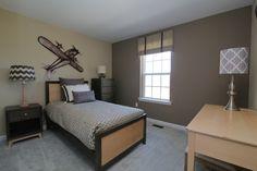 Bedroom. http://www.kaybuilders.com