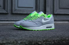 "Nike Air Max 1 Premium ""HyperVenom"" - Wolf Grey / Flash Lime"