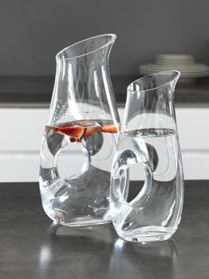 Pentik Astoria Pitcher | Gorgeous, mouth-blown Astoria jug offers a showy way for serving any beverage. Carafe, Beverage, Kitchen, Cuisine, Drink, Decanter, Home Kitchens, Kitchens, Drinks