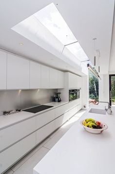 29 Most Popular Kitchen Decoration Ideas 2019 White, minimalist modern handleless kitchen. Pronorm Y-Line, Corian, Siemens. Galley Kitchen Design, Small Galley Kitchens, Luxury Kitchen Design, Luxury Kitchens, Interior Design Kitchen, Home Kitchens, Modern Kitchens, Kitchen Modern, Modern Farmhouse