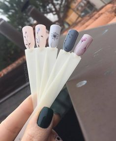 15 cute nail art designs to welcome summer 18 Cute Nails, Pretty Nails, Nail Manicure, Nail Polish, Cute Nail Art Designs, Nagel Gel, Flower Nails, Nail Arts, Spring Nails