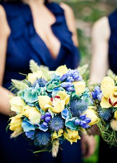 Rustic yellow and blue bouquet   Photo by JAGstudios