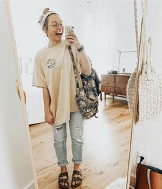 Casual outfits for high school 60 best outfits 92 ~ Litledress, Source by sc_outfits School outfits Spring Outfit Women, Trendy Fall Outfits, Fall Outfits For School, Cute Casual Outfits, Casual College Outfits, Summer Camp Outfits, School Outfits College, Summer Wear, Hipster Summer Outfits