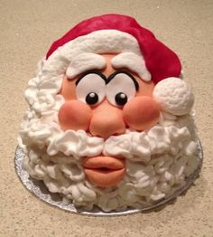 A place for people who love cake decorating. Chrismas Cake, Christmas Themed Cake, Christmas Cake Decorations, Christmas Sweets, Holiday Cakes, Christmas Gifts, Santa Cake, Cake Decorating Piping, Cake Pictures