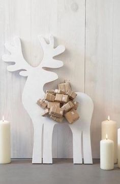 Advent calendar Christmas reindeer and packages, package decoration ideas Noel Christmas, Scandinavian Christmas, Winter Christmas, Reindeer Christmas, Modern Christmas, Christmas Baubles, Diy Advent Calendar, Advent Calendars, Christmas Calendar