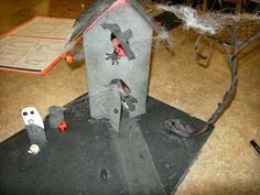 Artolazzi: 3-D Haunted houses