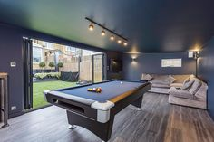 Garden room man cave x Chill Out Room with Painted Walls - Green Retreats Man Cave Shed, Man Cave Room, Man Cave Home Bar, Man Cave With Pool Table And Bar, Man Cave With Gym, Man Cave In Garden, Garage Game Rooms, Game Room Basement, Basement Ceilings