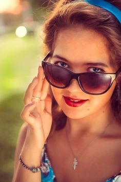 American retro girl in suglasses. by Ruslan Grigoriev on 500px
