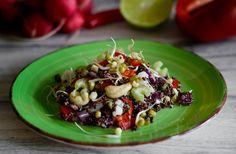 Detoxikační salát Quinoa, Oatmeal, Grains, Rice, Breakfast, Recipes, Food, Red Peppers, The Oatmeal