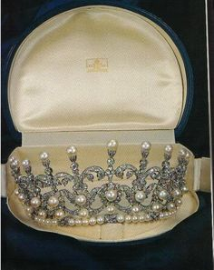 However, Princess Maria Gabriella was given her own tiara by her parents, and what a stunner it was too. Designed as circa eleven diamond and pearl pinnacles, with many button pearls, diamond foliates and fronds, topped by pearls and rising from a base of even more pearls and diamonds.