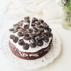 Vegan cookies and cream layer cake. Enough said.