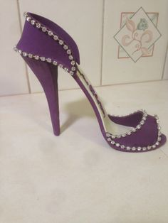 Purple shoe
