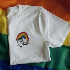 LGBT T-Shirt / I Study Rainbows / Harry Styles / LGBT Clothing / Pride T-Shirt / Cute T-Shirts / Gay Pride Shirt / Gay Pride / One Direction / 1D / Harry Styles Shirt / Harry Styles Merch