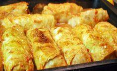 Вкуснее всего голубцы получаются по закарпатскому рецепту. Зимой в этой местности вам предложат голубцы с рисом и грибами в листьях квашеной капусты, а летом — аппетитные рулеты из свежей капусты с мясной начинкой, запеченные в духовке.   Ингредиенты Капуста белокочанная 3 кг Свинина 1 кг Смал