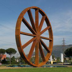 La ruota di Calenzano, una ruotona di 18 metri!