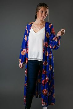 Bright Royal Printed Kimono Trendy Outfits, Cute Outfits, Fashion Outfits, Womens Fashion, Trendy Tops For Women, Cute Boutiques, Back To School Outfits, Affordable Clothes, Dot Dress