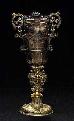 Smoky-quartz goblet, Ottavio Miseroni, Dionysio Miseroni and Master HC, Prague, c. 1620/1628 and Vienna, c.1620/1630 (mounts), smoky-quartz, gilt silver