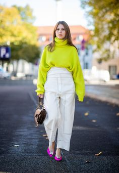 What is Trending Now in Fashion: 25 Top Fashion Trends for Falling Outfit Finding a right fashion trend for falling outfit is not easy. Be sure to think that you find fashion that is suitable for you to accompany your fall outfit. Neon Outfits, Colourful Outfits, Stylish Outfits, Fashion Outfits, Fashion Trends, Workwear Fashion, Fashion Blogs, Fashion Moda, Look Fashion