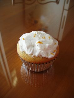 I am swamped with schoolwork, so yes, another cupcake archive post. Sorries, I promise a real post will go up soon when I have time to sit d. Cupcake Flavors, Cupcake Recipes, Baking Cupcakes, Cupcake Cookies, Early Grey, Cupcake Heaven, Birthday Cupcakes, Love Cake, Have Time