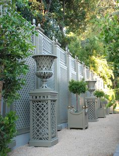 This project demonstrates a real transformation between the first picture and the one showing the garden wall when finished. At first, based on a specific drawing, the wall is rebuilt and the treillage against the wall Wood Fence Design, Privacy Fence Designs, Garden Trellis, Garden Fencing, Pergola Patio, Backyard Landscaping, Patio Awnings, Pergola Ideas, Patio Ideas