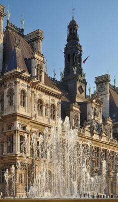 Fontaine de l'Hôtel-de-Ville ~ Paris