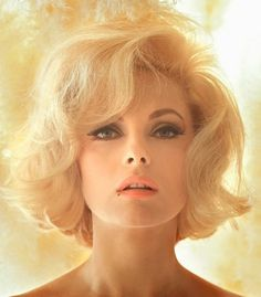 Marilyn Monroe hair (her 60's look) This makes me miss my short hair!