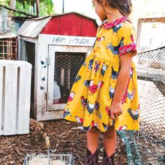 Country style in our favorite chicken dress for your little girl! Shop Eleanor Rose A Buschel and a Peck!