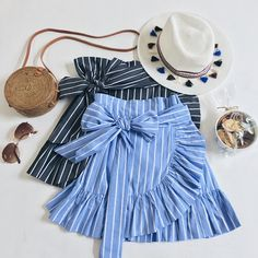 Little Known Ways to Make Doll Clothes Yourselves - vinha w Trendy Outfits, Kids Outfits, Summer Outfits, Cute Outfits, Skirt Fashion, Fashion Dresses, Little Girl Dresses, Girls Dresses, Baby Girl Fashion