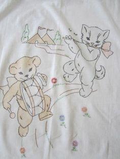 Vintage Vogart Tinted Embroidered Kittten Teddy Bear Crib Covery